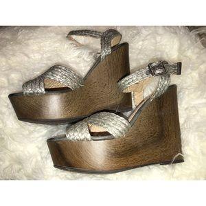 NEW!! Shoedazzle Sandal Wedge!! Size 9